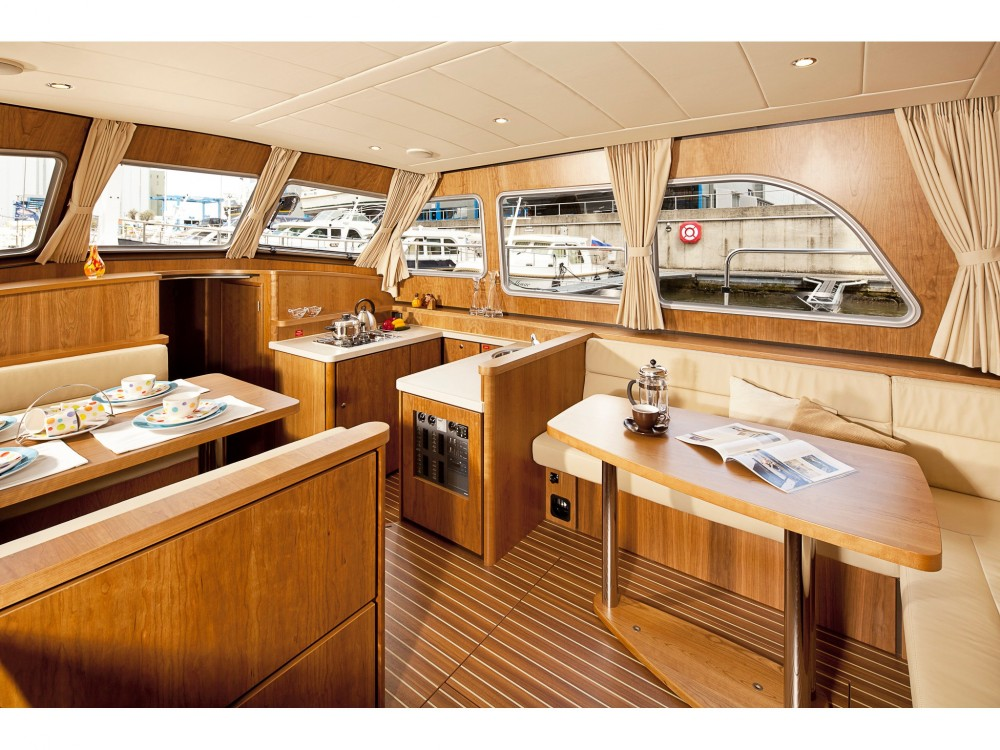 Rental yacht Kortgene - Linssen Linssen GS 40.9 AC on SamBoat