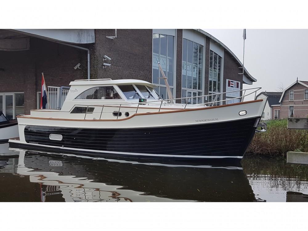 Rental Motor boat in Noord-Beveland -  Newport Bass HT