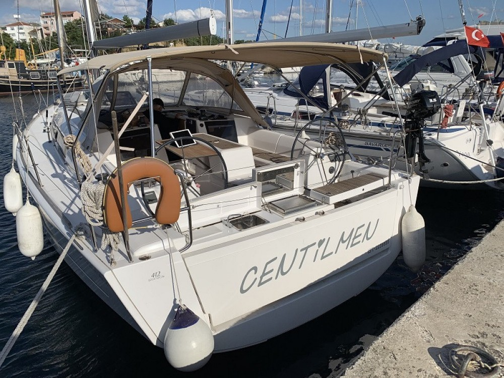 Boat rental Dufour Dufour 412 Grand Large in Fethiye on Samboat