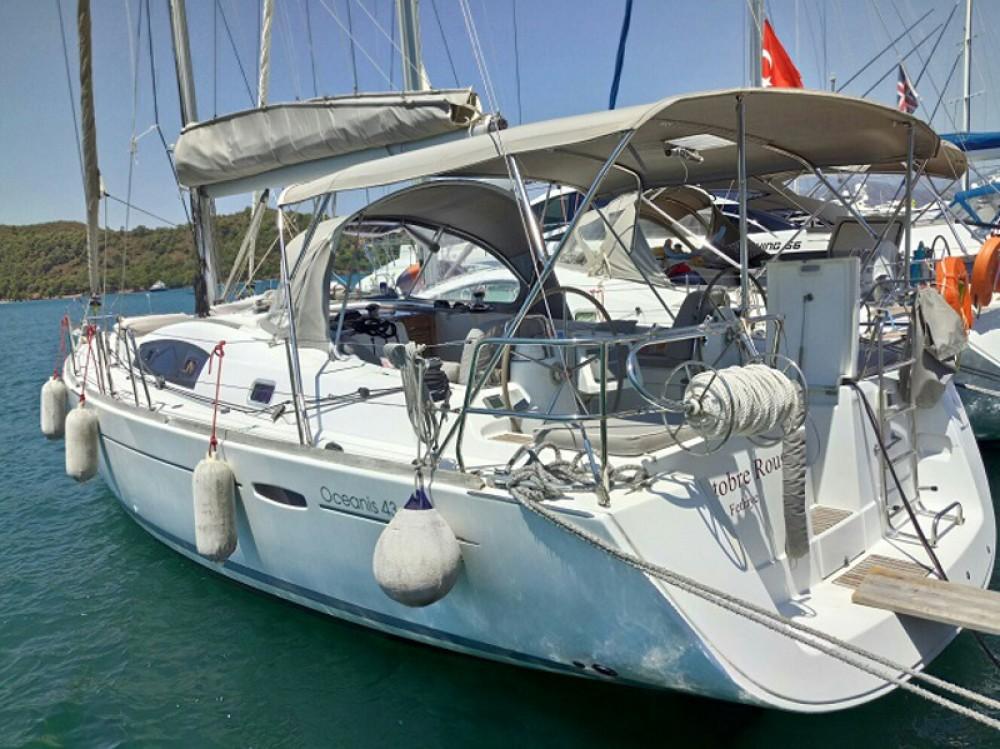 Boat rental Karakeçililer cheap Beneteau 43