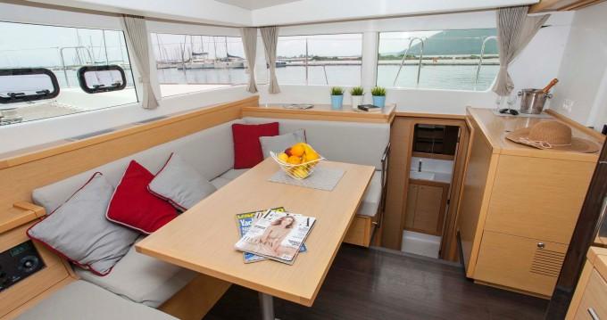Lagoon Lagoon 39 between personal and professional Lefkada (Island)
