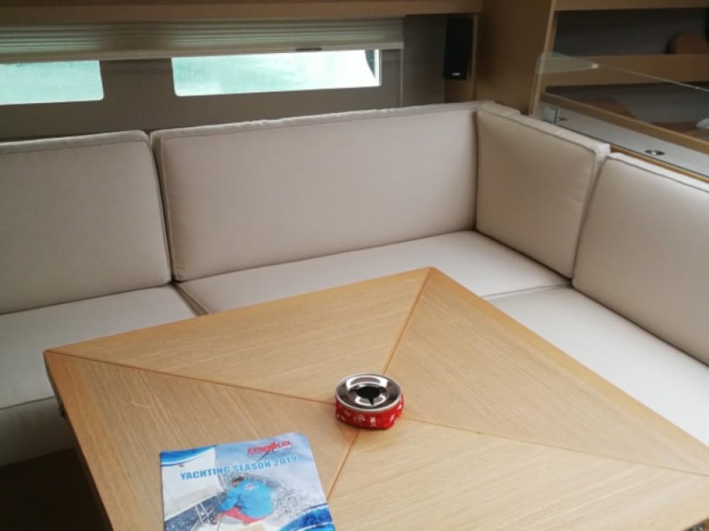 Rental Sailboat in Seget Donji - Dufour Dufour 56 Exclusive