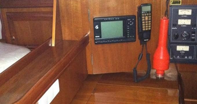 Boat rental Alimos cheap Oceanis 411