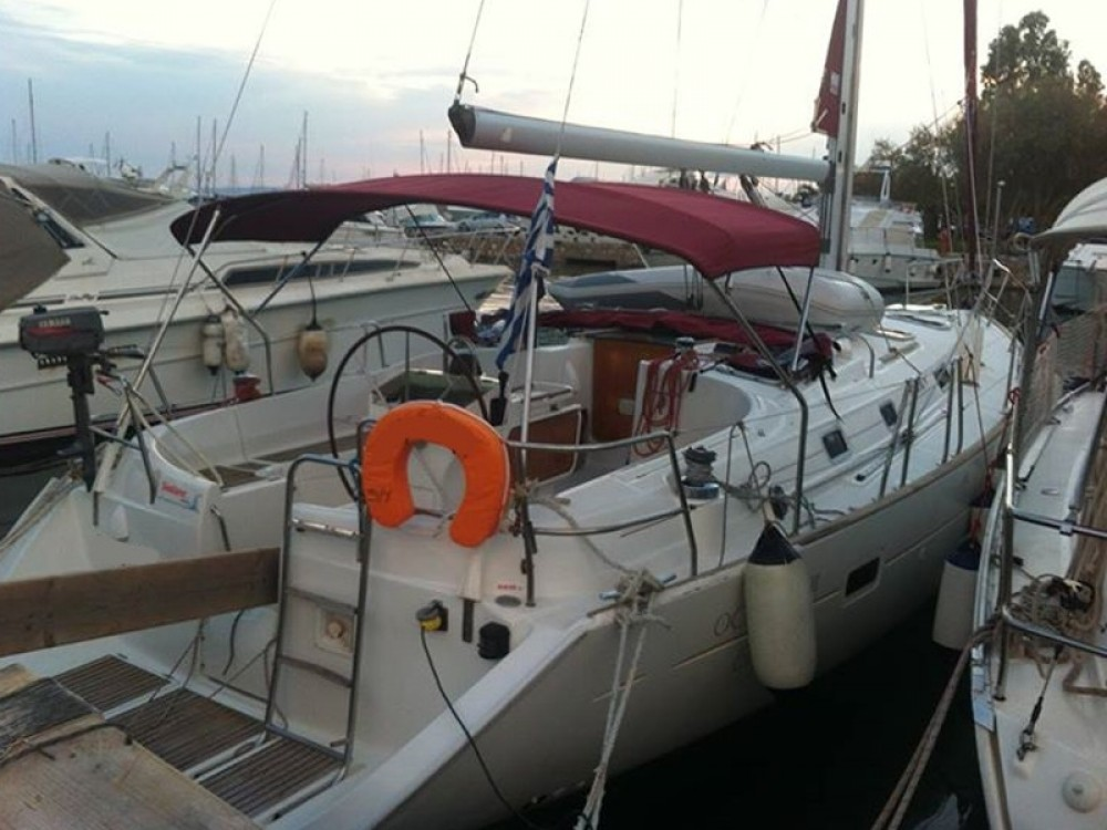 Rental Sailboat in Álimos - Bénéteau Oceanis 411