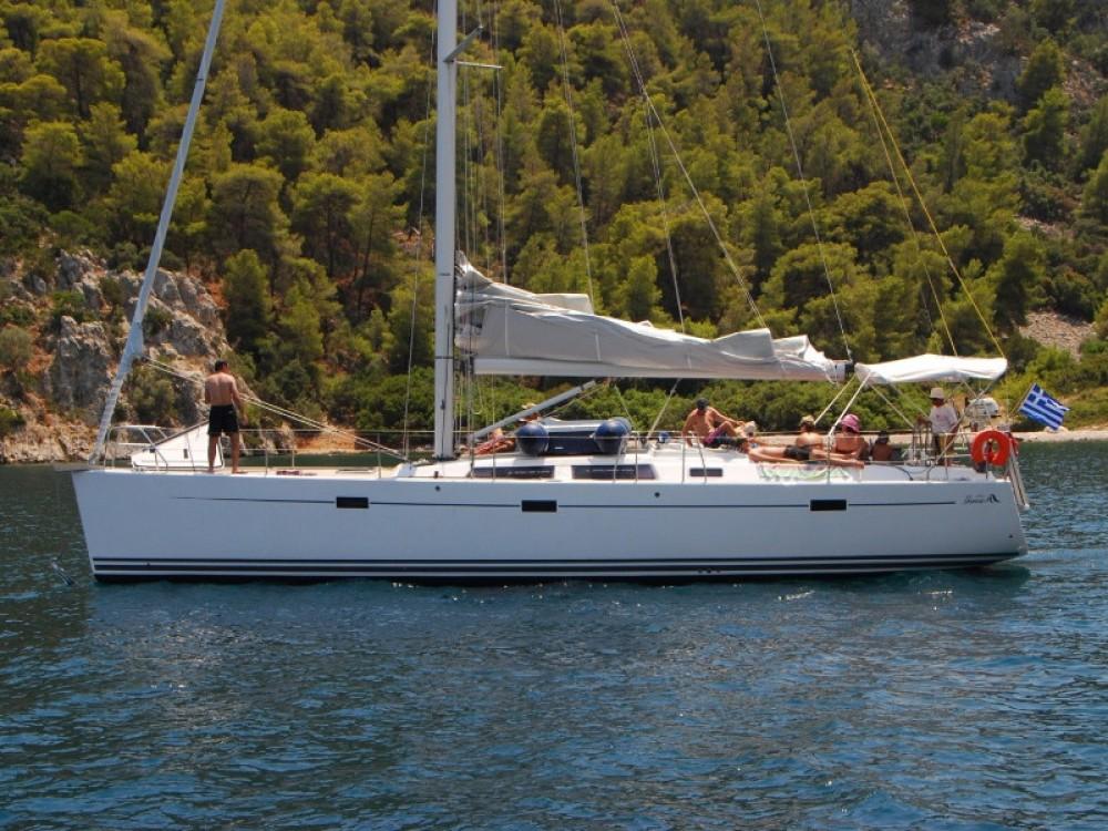 Boat rental Hanse Hanse 470 in Alimos Marina on Samboat