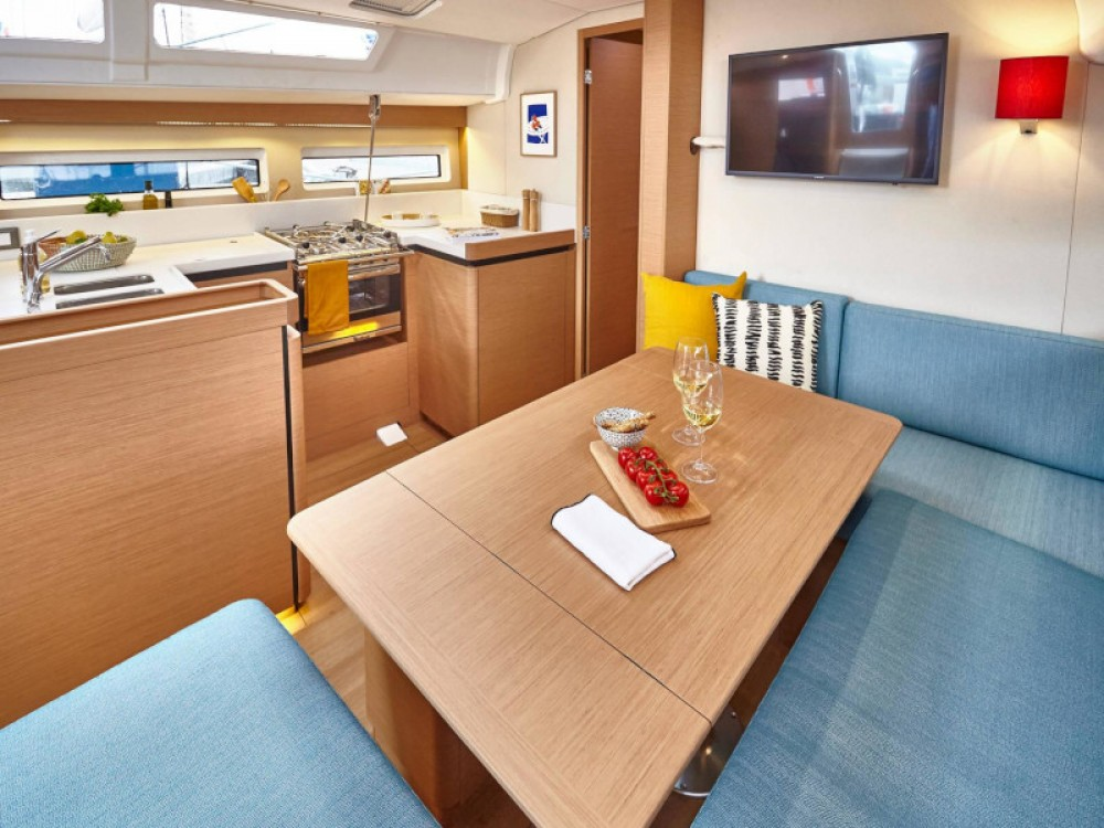 Boat rental Jeanneau Sun Odyssey 490 in Marina Gouvia on Samboat