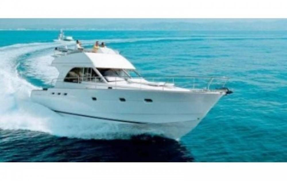 Rental yacht Maó - Bénéteau Antares 13.80 on SamBoat