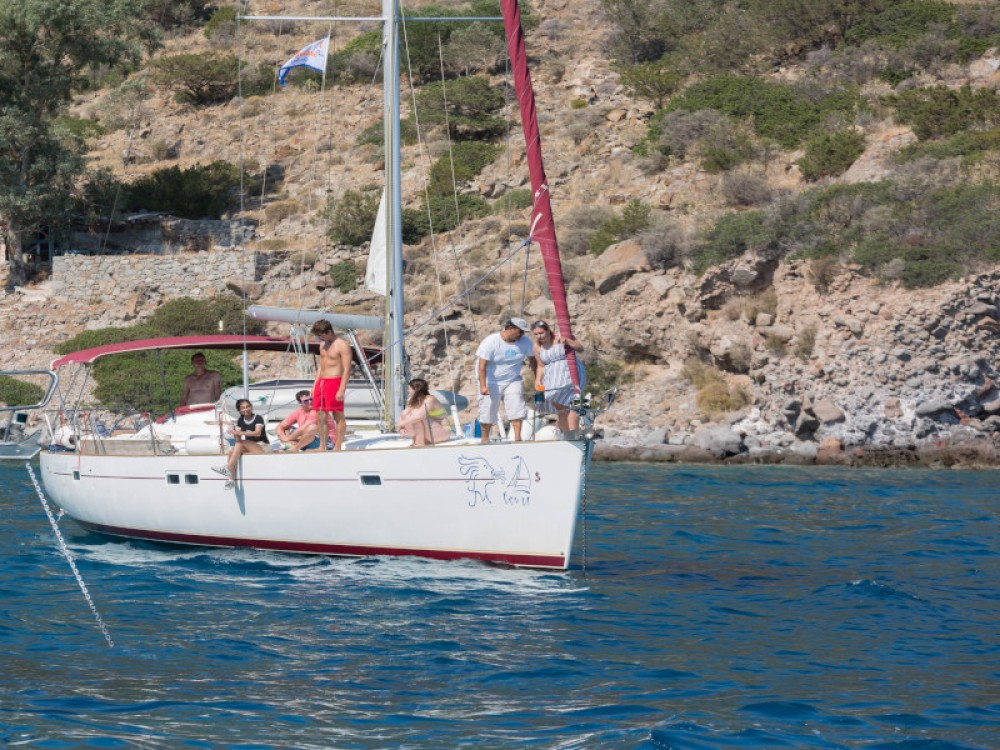 Hire Sailboat with or without skipper Bénéteau Alimos Marina