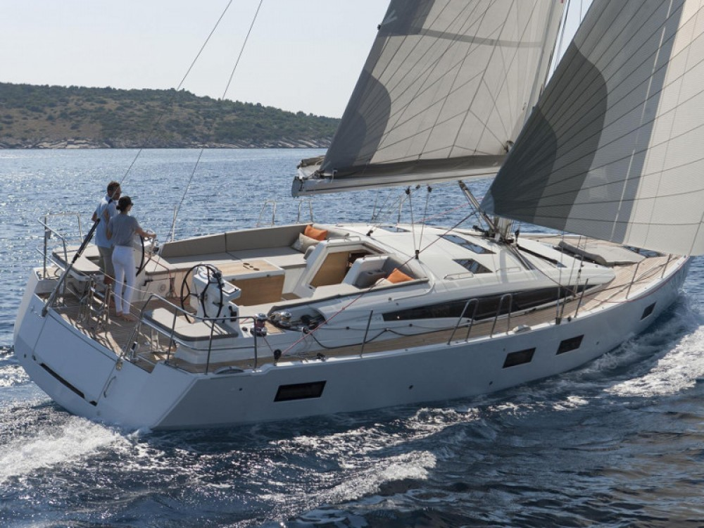 Jeanneau Jeanneau 54 ( A/C ,GENERATOR,INVENTER ) between personal and professional Álimos
