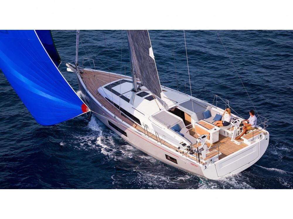 Rent a Bénéteau Oceanis 46.1 ( A/C )