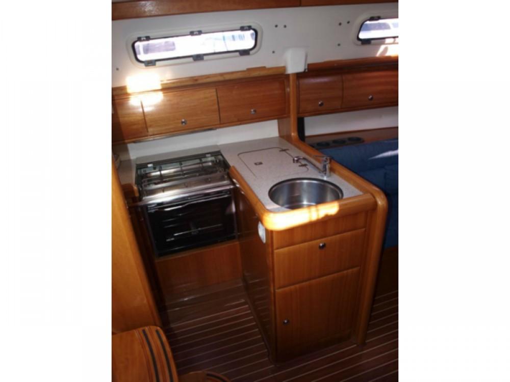 Boat rental Bavaria Bavaria 32 in Primošten on Samboat