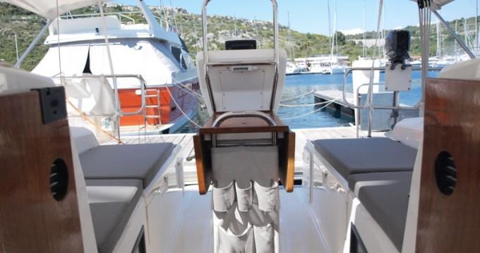 Boat rental Bavaria Bavaria 36 in Primošten on Samboat