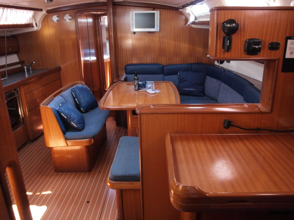 Boat rental Capocesto cheap Bavaria 44