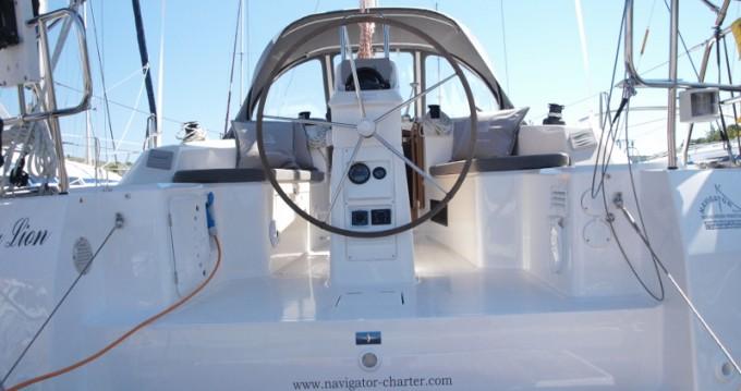 Rental yacht Primošten - Bavaria Cruiser 33 on SamBoat