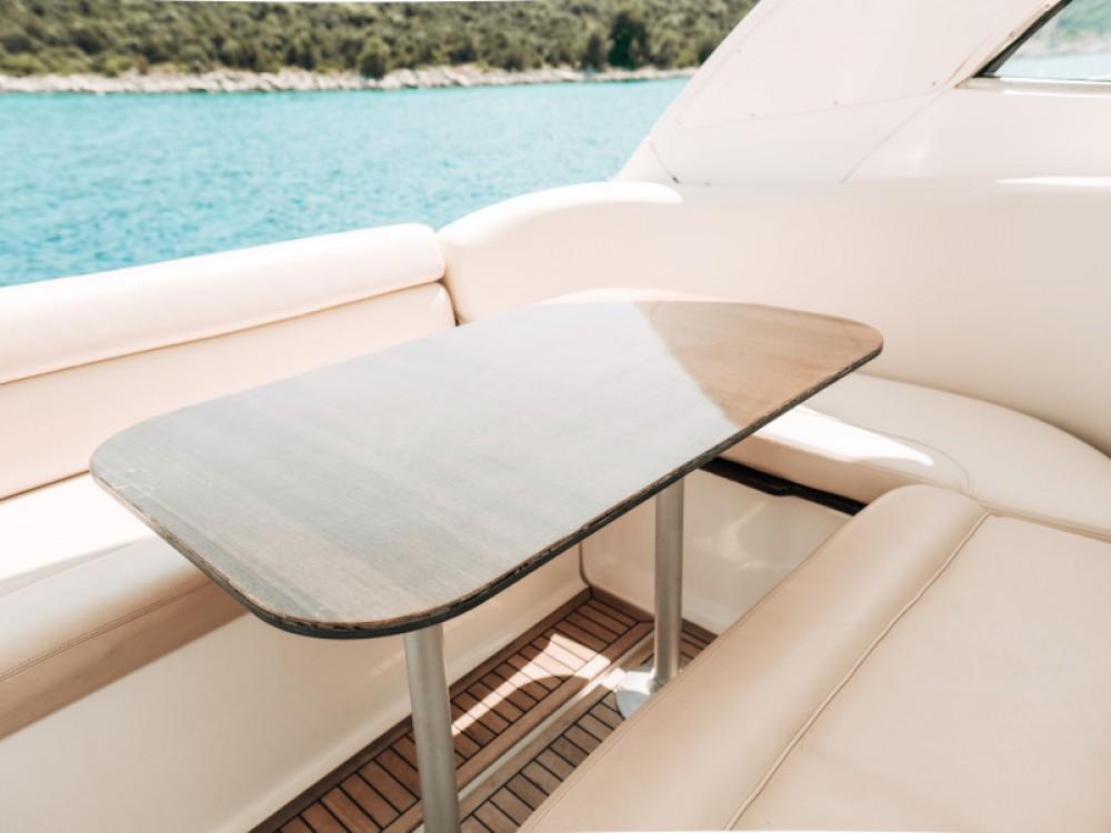 Boat rental Seget Donji cheap Bavaria 42 HT
