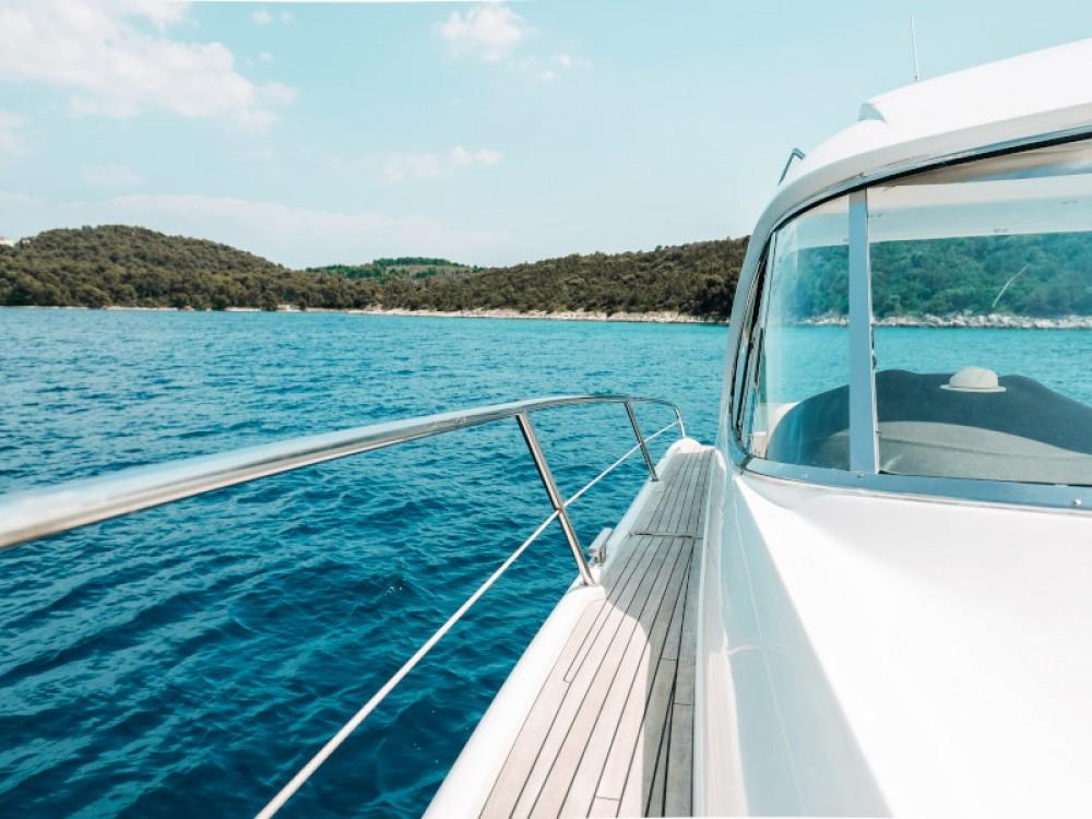 Rental yacht Seget Donji - Bavaria Bavaria 42 HT on SamBoat