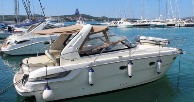 Hire Motorboat with or without skipper Bavaria Punat
