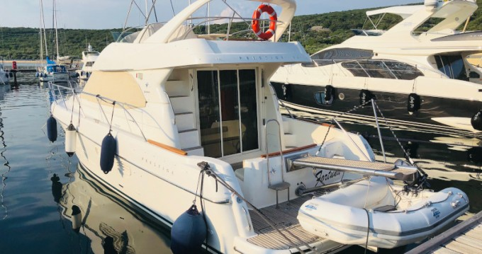 Hire Motorboat with or without skipper Jeanneau Punat