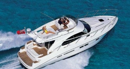 Rent a Sealine Sealine F42-5 Fly