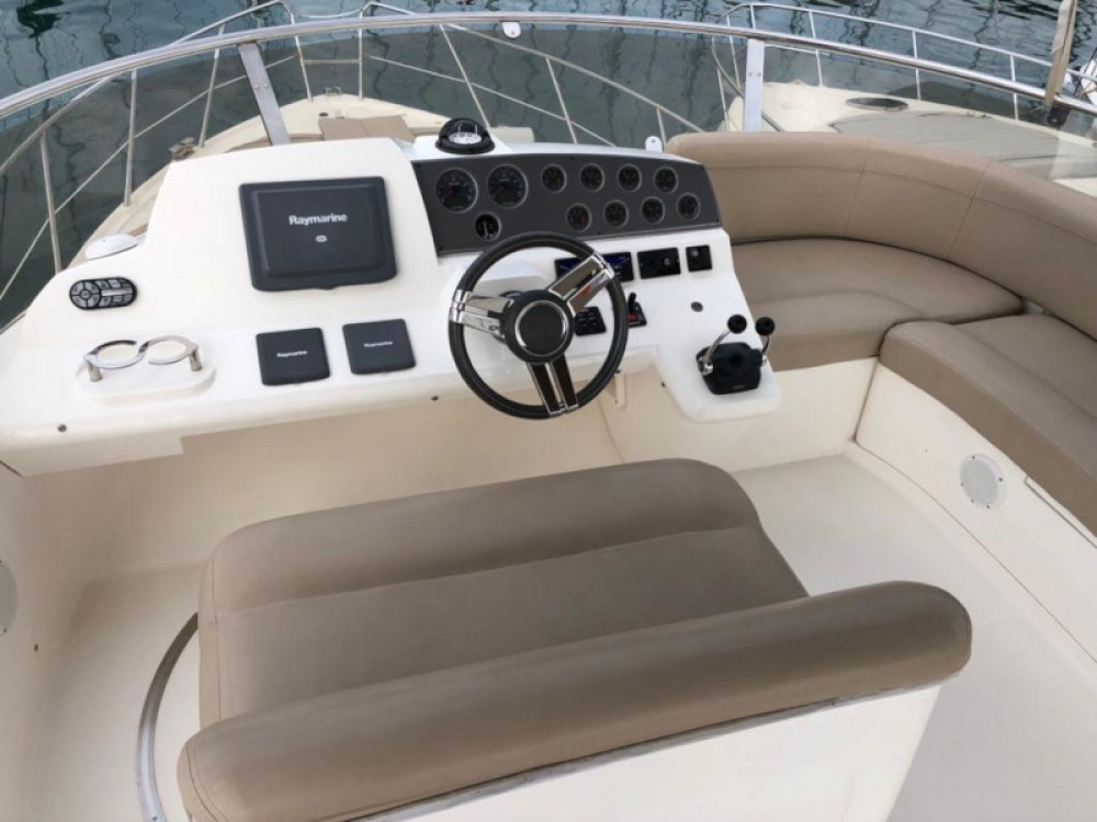 Sealine Sealine F42-5 Fly between personal and professional Seget Donji