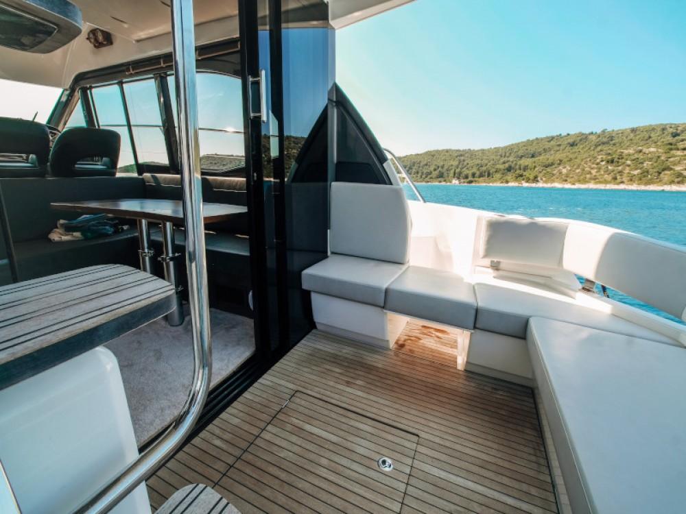 Rental yacht Seget Donji - Bavaria Bavaria R40 FLY on SamBoat