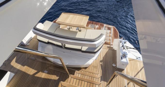 Boat rental Galeon Galeon 500 Fly in Seget Donji on Samboat