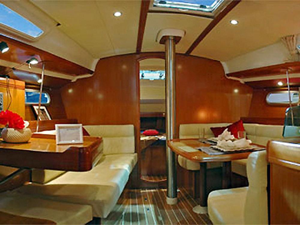 Boat rental Palamós cheap Sun Odyssey 39i