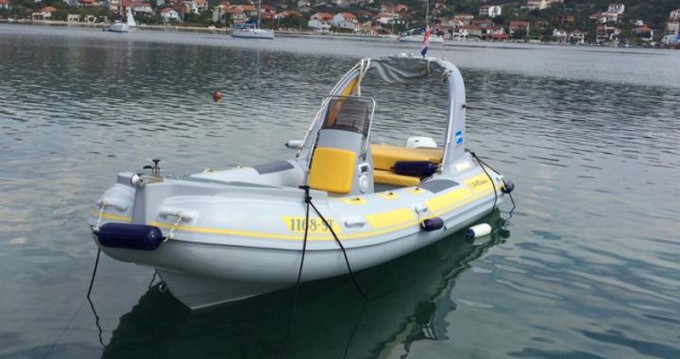 Hire Motorboat with or without skipper  Trogir