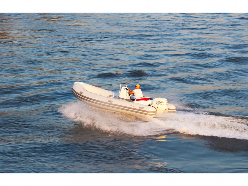 Joymarc 490 between personal and professional Trogir