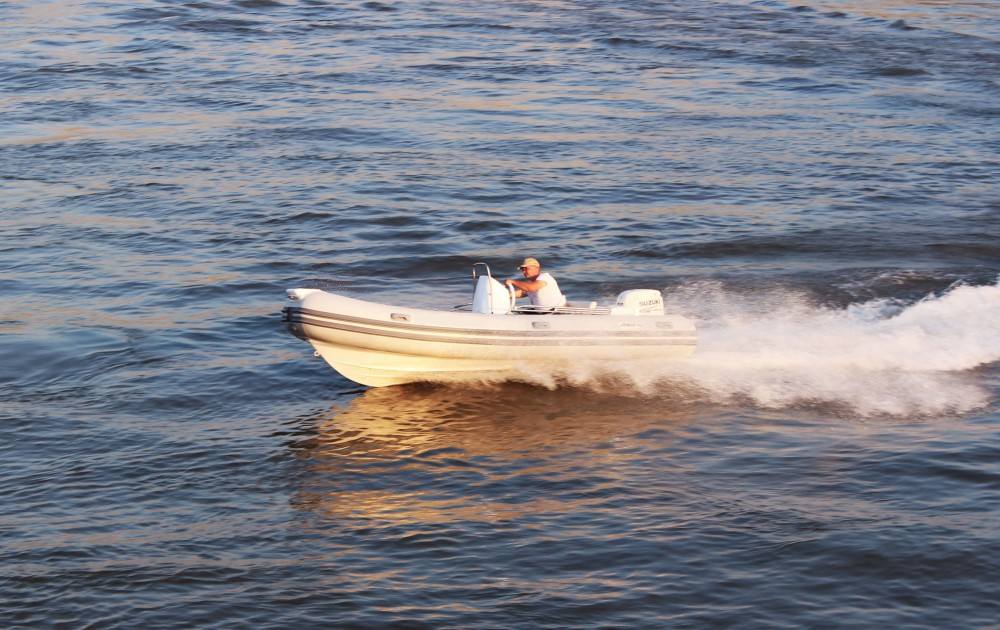 Boat rental Trogir cheap Joymarc 490