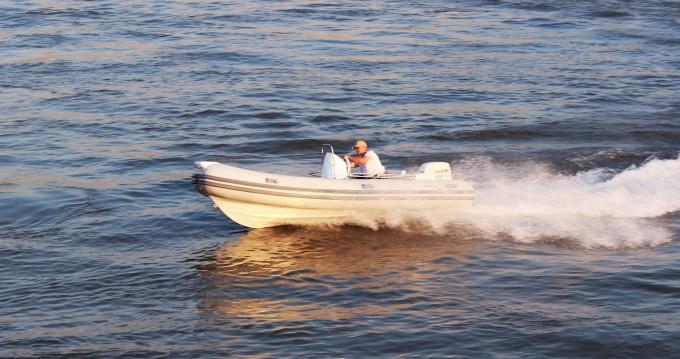 Boat rental  Joymarc 490 in Trogir on Samboat