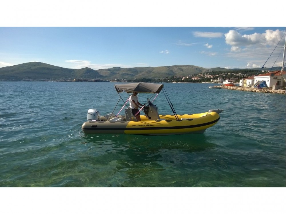 Boat rental Trogir cheap Bura 560