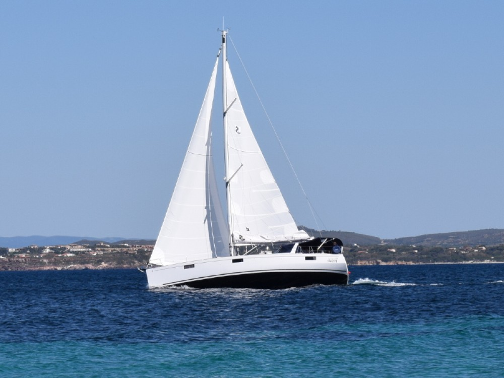 Rental Sailboat in U Pàize/Carloforte - Bénéteau Oceanis 48