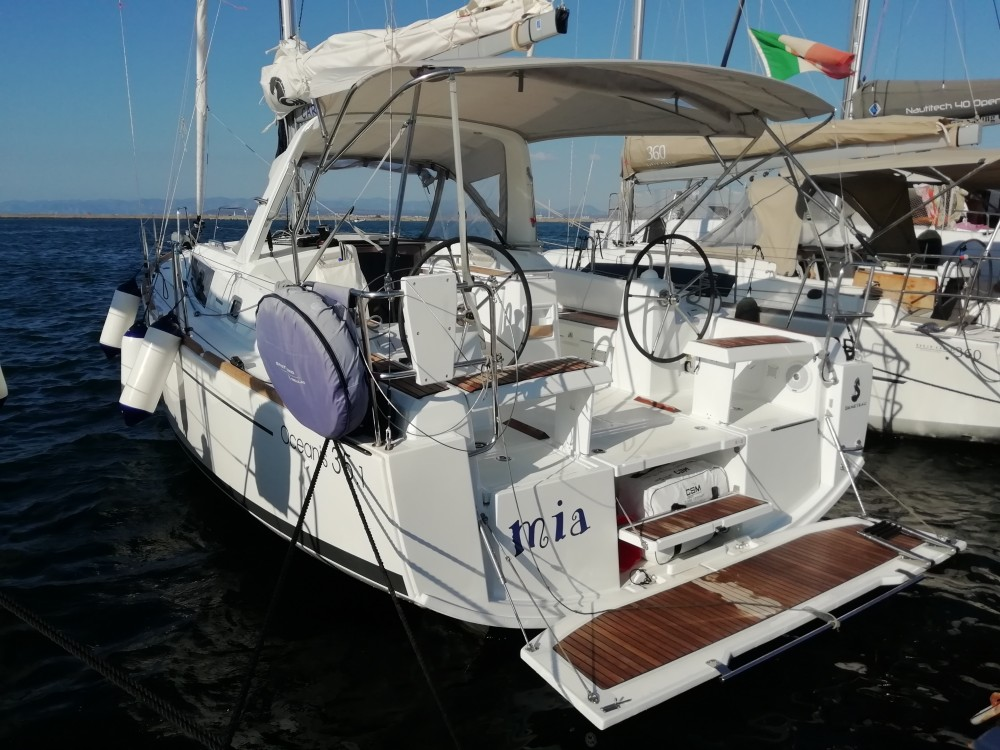 Rental Sailboat in  - Bénéteau Oceanis 35.1