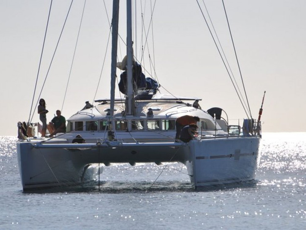Boat rental Olbia cheap Lagoon 560