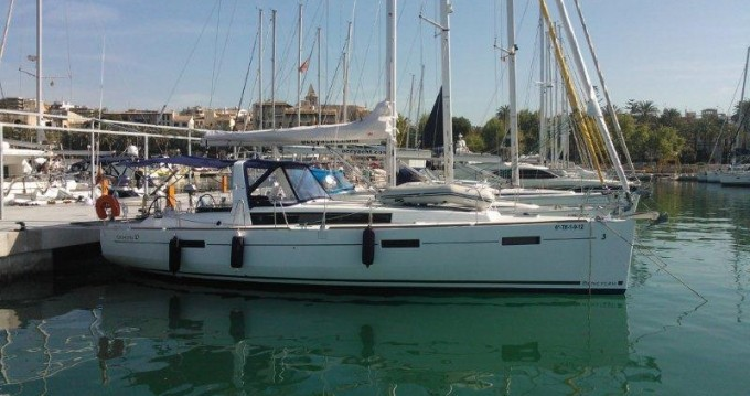 Sailboat for rent Puerto deportivo Marina Rubicon at the best price