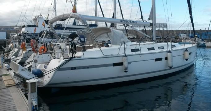 Rental yacht Santa Cruz de Tenerife - Bavaria Bavaria 45 Cruiser on SamBoat