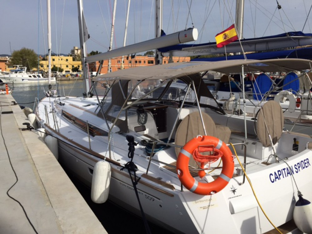 Rental yacht Arona - Jeanneau Sun Odyssey 509 on SamBoat