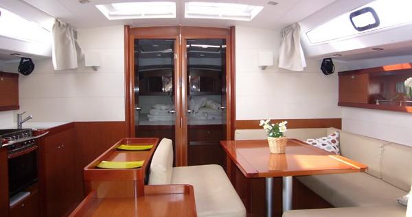 Rental yacht Santa Cruz de Tenerife - Bénéteau Oceanis 50 Family on SamBoat
