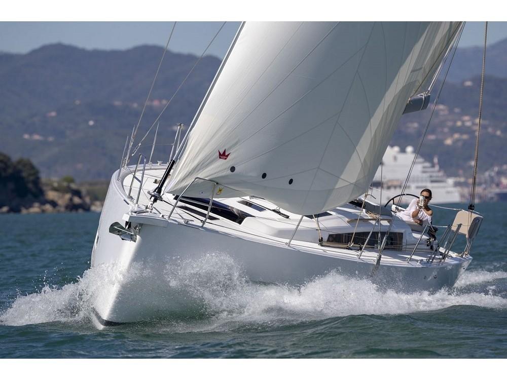 Rental Sailboat in Álimos - Dufour Dufour 430 Grand Large