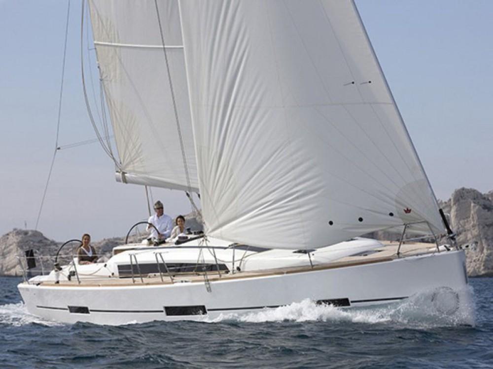 Boat rental Alimos Marina cheap Dufour 412 Grand Large