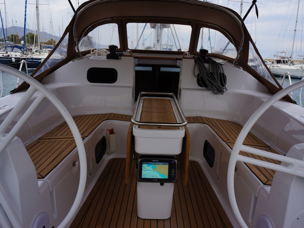 Hire Sailboat with or without skipper Elan Álimos