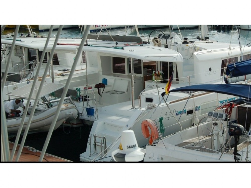 Boat rental Le Gosier cheap Lagoon 450