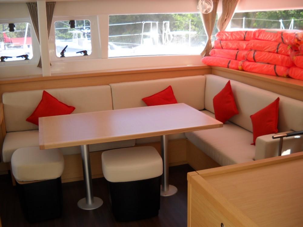Rental yacht Le Gosier - Lagoon Lagoon 450 on SamBoat