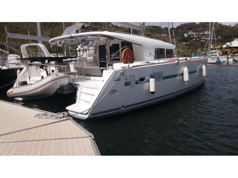 Lagoon Lagoon 400 S2 between personal and professional Grand Case