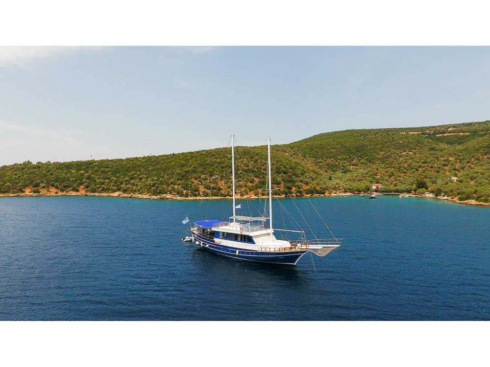 Boat rental  cheap Gulet Eros
