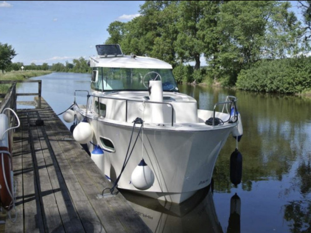 Boat rental Söderköping cheap Delphia Escape 800