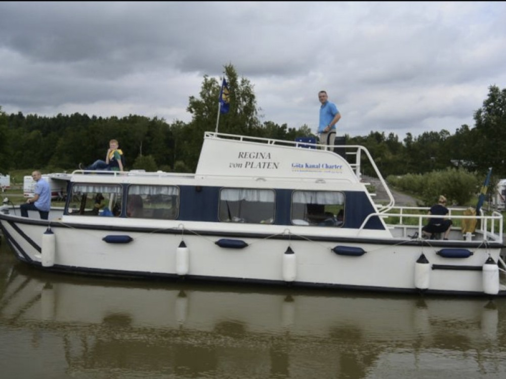 Rental Motorboat in Söderköping -  Regina von Platen