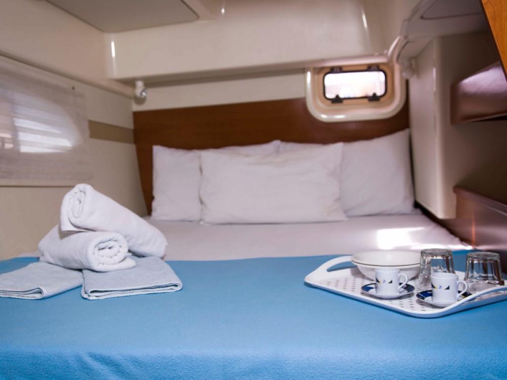 Boat rental Nikiti cheap Leopard 384