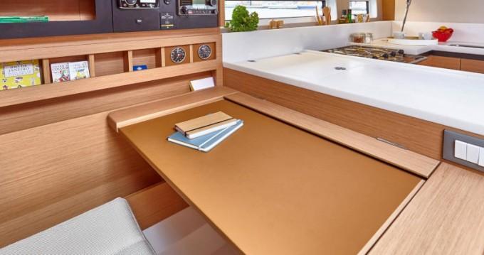 Rental Sailboat in Níkiti - Jeanneau Sun Odyssey 440